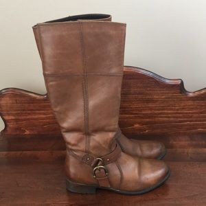 Clark's Leather Riding Boot w/ Buckle
